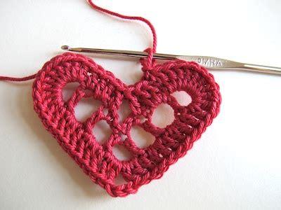 pattern for swedish heart yarnroundhook the swedish hearts pattern