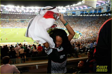 Osbourne Flashed At World Cup by Rihanna Flashed The World Cup Crowd We The Pics