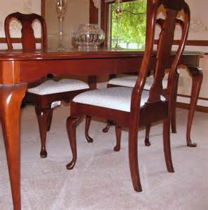 Pennsylvania House Dining Room Table Pennsylvania House Cherry Dining Room Table And Chairs Ebth