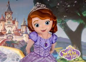 wdwthemeparks playing dining doc mcstuffins sofia disney