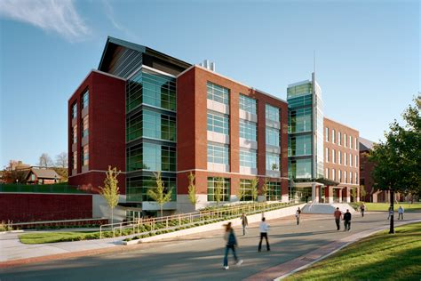 Uconn Stamford Mba Contact by Uconn Storrs Cus Quotes