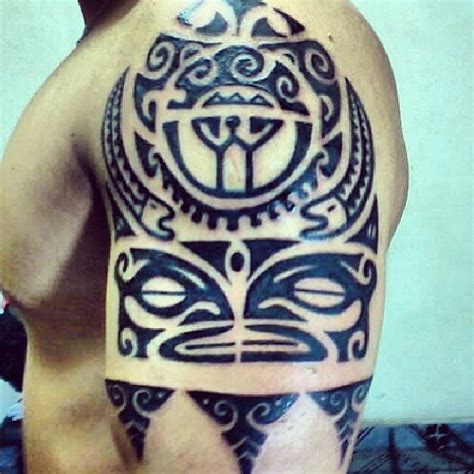 tribal shoulder black bicep artistic tattoo