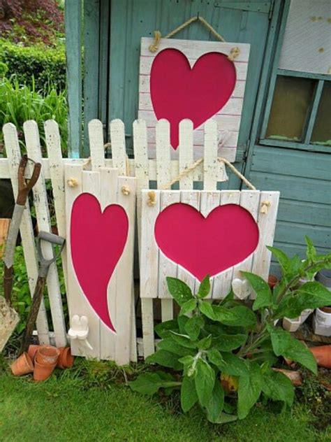 unique outdoor valentine decor ideas