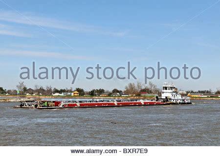 tugboat new orleans tugboat pushing barge mississippi river new orleans