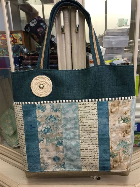 Tas Handbag Anello Big Go Motif 5 use strips of liberty of for the base note the