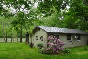 chill axin on the shenandoah river cabin rental 2 br