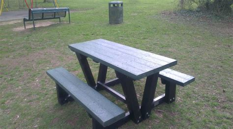 bench road new picnic bench at valley road play area radcliffe on