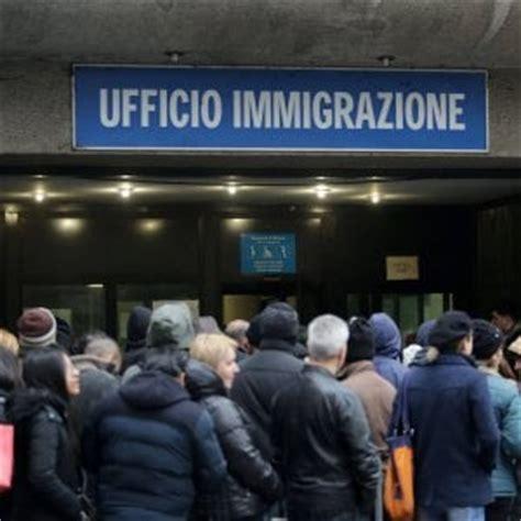 permesso di soggiorno 5 anni immigrazione sorpasso dopo anni pi 249 italiani all estero