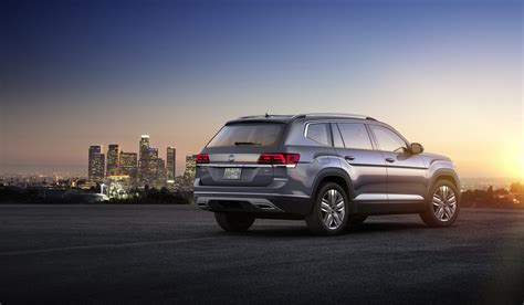 volkswagen atlas 7 seater vw s new atlas 7 seat crossover was designed for mericans