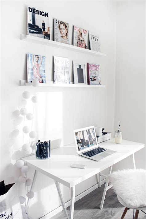 Black And White Desk Chair Design Ideas White Workspace Hogar Pinterest Design B 252 Ros Und Libros