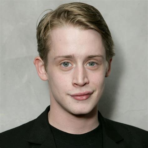 home alone actor profile macaulay culkin profile hot picture bio measurements