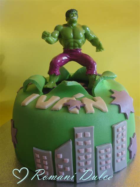 modelar en fondant mano de hulk pastel de fondant de quot el incre 205 ble hulk quot pasteles