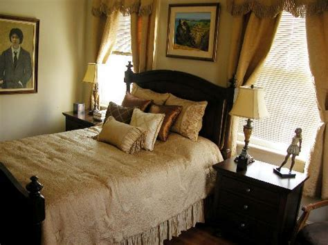 bed and breakfast beacon ny albert chrystie room picture of chrystie house bed and