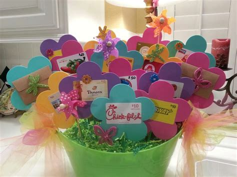 Creative Gift Card Basket Ideas - best 25 gift card displays ideas on pinterest gift card tree auction baskets and