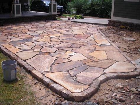 Rock Patio Designs Stacked Garden Edging Brown Flagstone Garden Patio With Moss Rock Border
