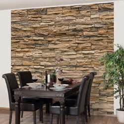 steinwand tapete wohnzimmer die 25 besten ideen zu tapete steinoptik auf