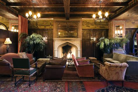 city fireplace nyc boutique hotel find the bowery hotel melting butter