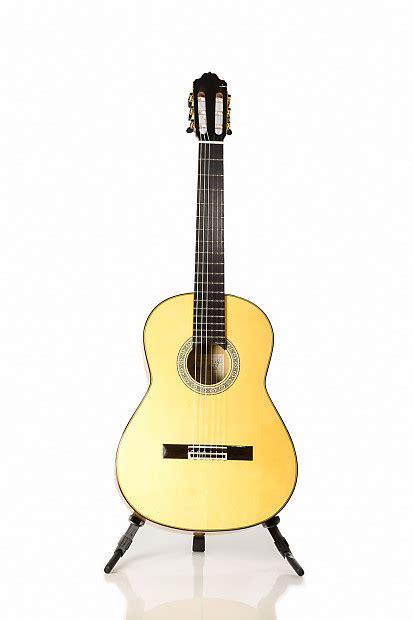 Handmade Flamenco Guitars - guitarras estev 233 11f professional level flamenco blanca