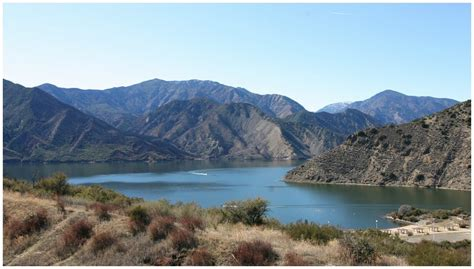 lakes in southern california for boating pyramid lake recreation area at los padres national forest