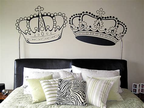 king and queen crown wall decal by fastdesigns on etsy king crown tattoos tattoo pictures online