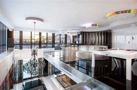 Kitchen Design Montreal by 5 Stunning Miami Beach Penthouses With Pool