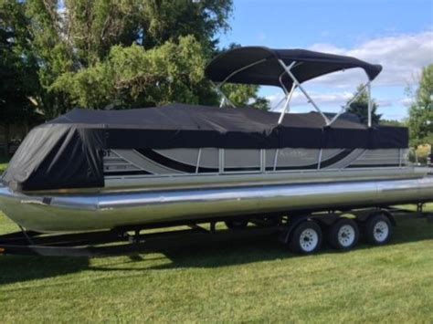 bay boats with twin outboards south bay tritoon pontoon 927 cr tt d twin outboard 2010