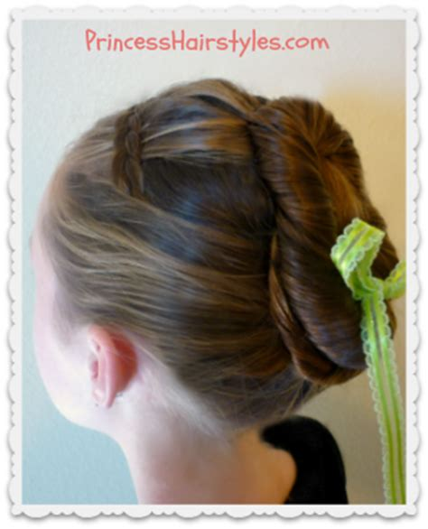 anna from frozen hairstyle frozen hairstyles anna coronation bun hairstyles for