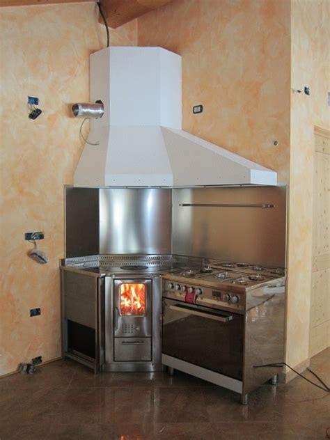 cappa per cucina a legna awesome cappa per cucina a legna gallery home interior