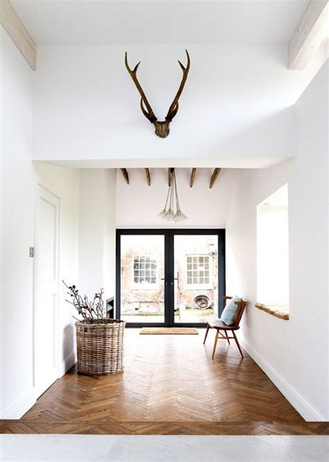 simple floors mid century modern vintage home decor inspiration bright white and clean simple