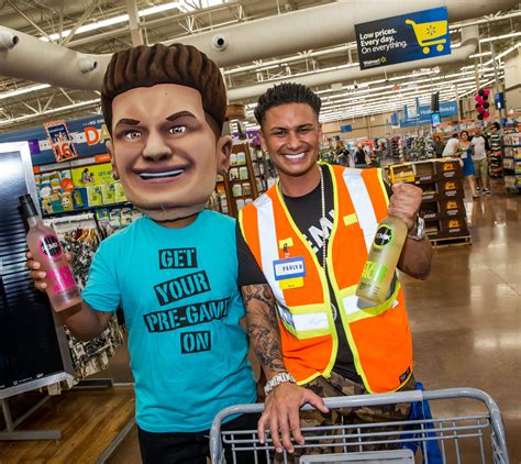 dj pauly d bobblehead photos of the day june 2013