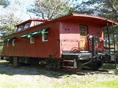 box car house little red caboose reclaimedhome com