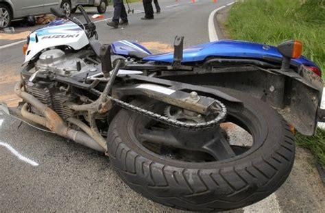 Motorradunfall 4 Juni 2015 by Kreis B 246 Blingen Und G 246 Ppingen Zwei Tragische Motorrad