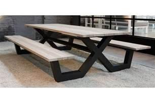 Banc De Jardin Aluminium #1: table-pique-nique-avec-bancs-en-teck-massif-et-pieds-en-aluminium.jpg