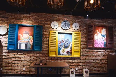 design menu cafe unik mural cafe dan restoran ciptakan interior yang unik untuk