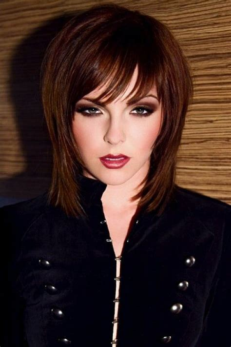 shaggy hair styles with bangs with medium hair over 40 15 fabulous short shaggy hairstyles pretty designs