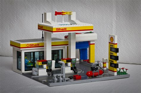 lego shell greenpeace tegen lego alles is niet awesome reclameblog