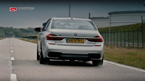 Bmw 1 Series Compression Test by Watch Bmw 750ld Xdrive Runs Through The Gears At Full Throttle