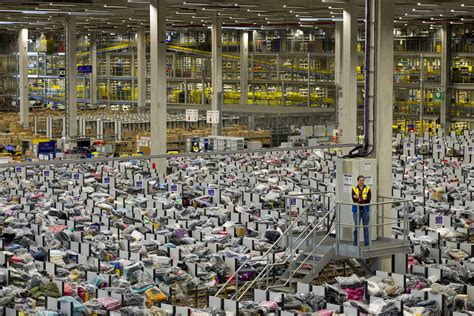 amazon warehouse amazing footage of amazon preparing for quot manic monday