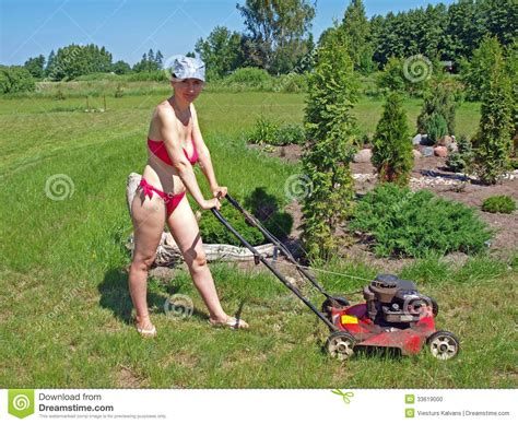 backyard sex porn wife mowing lawn bikini hot girls wallpaper