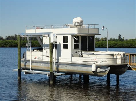 pontoon boat house pontoon lift miami houston jacksonville ta