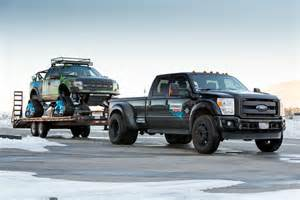 f150 raptor trax le up ford avec des chenilles 224 neige