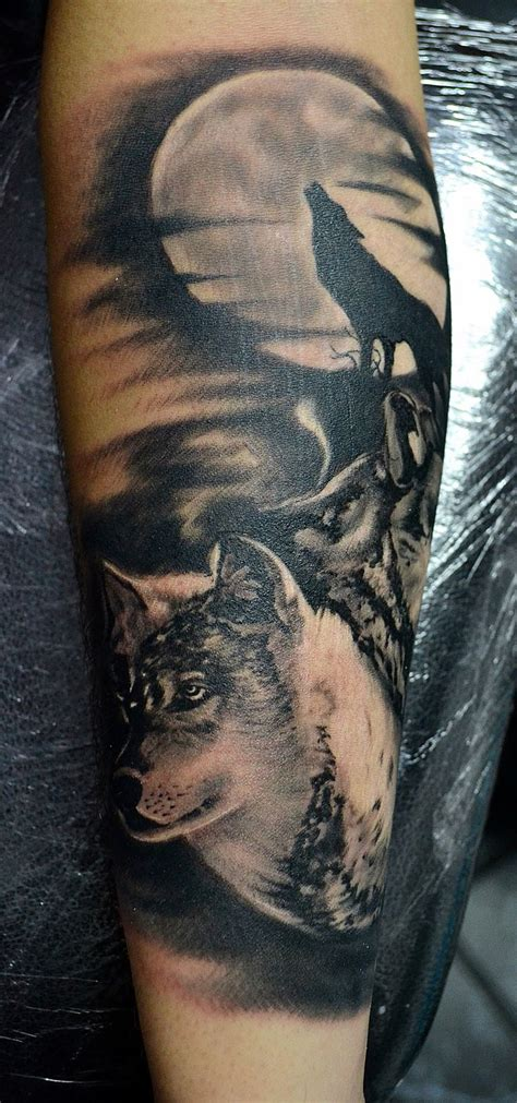 forest tattoo designs the 25 best wolf tattoos ideas on forest