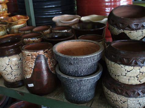Pot Anggrek Grabah Tanah Liat jenis jenis pot bunga yang wajib anda ketahui