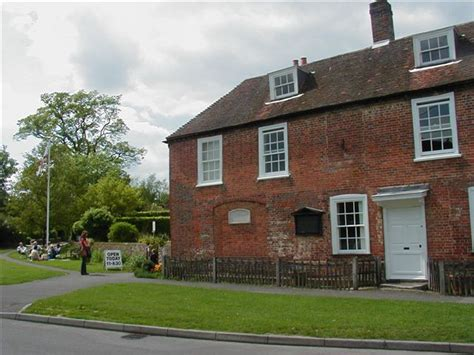 jane austen wikipedia file jane austen house in chawton jpg wikimedia commons