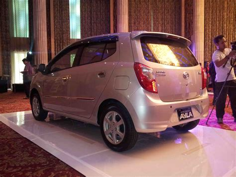 Cover Mobil Toyota Agya All Type Indoor Murah Berkualitas 6 bagian perbedaan mobil murah ayla dan agya daihatsu