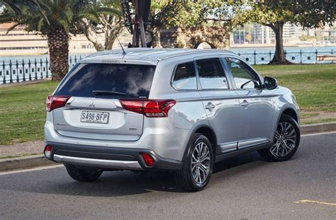 mitsubishi outlander 2016 2016 mitsubishi outlander review australian launch