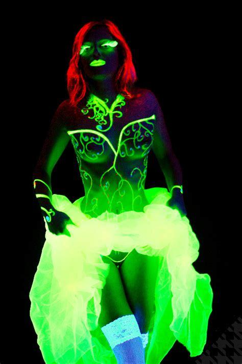glow in the paint lifespan black light portfolio