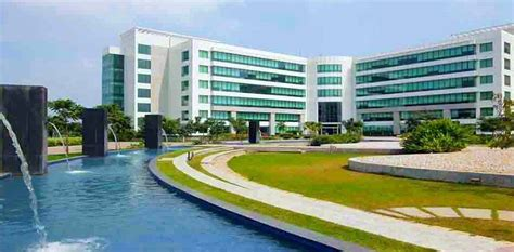 In Hcl Noida For Mba Marketing by Hcl Sholinganallur Hcl Technologies Office Photo