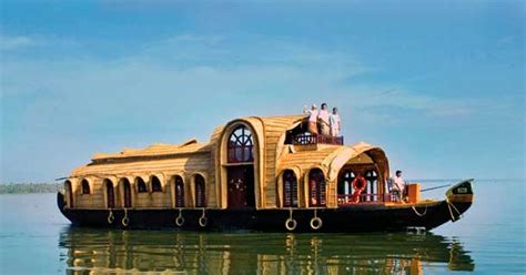 kerala boat house booking boat houses backwater islands building sandcastle tree houses boathouses packages