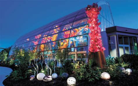 the chihuly garden and glass in seattle a fragile